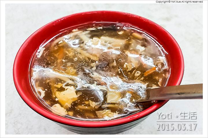 150317 花蓮市區-周家蒸餃小籠包(老周蒸餃) (04)