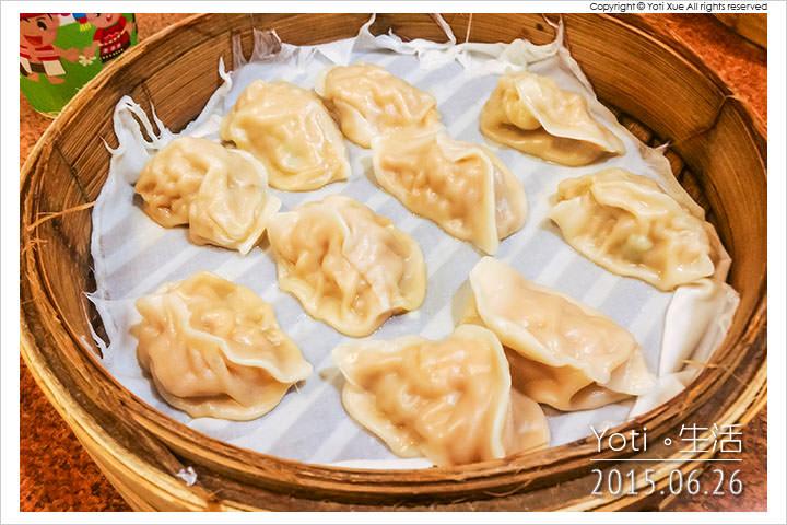 150626 花蓮市區-公正街周家蒸餃小籠包花商店(05)
