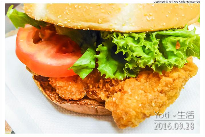 160928 麥當勞-輕啤香檸脆雞堡 (06)