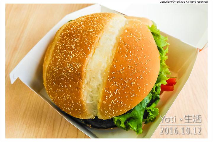 161012 麥當勞-西班牙辣味鮮蝦堡 (03)