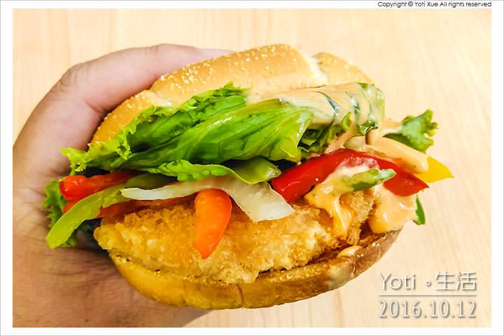 161012 麥當勞-西班牙辣味鮮蝦堡 (08)