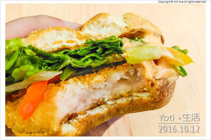 161012 麥當勞-西班牙辣味鮮蝦堡 (09)