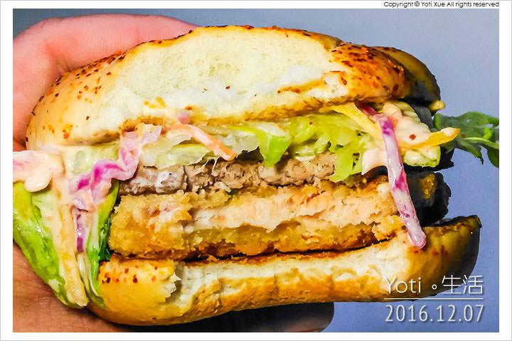 161207 麥當勞-明太子海陸雙星堡 (11)