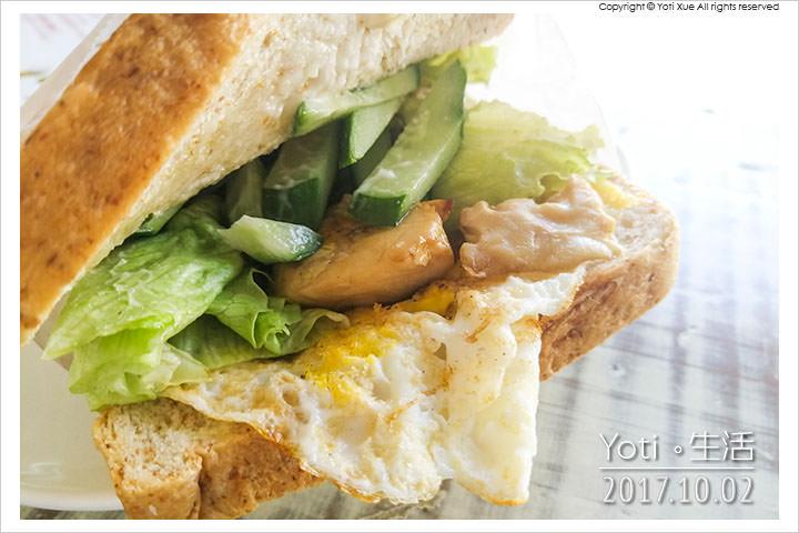 花蓮市區-小日樹蔬食早餐店