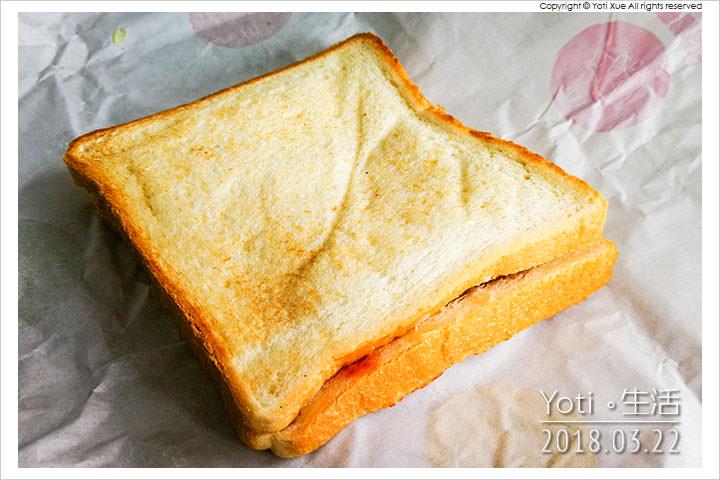 麥當勞-大方烤土司-金黃薯餅烤土司
