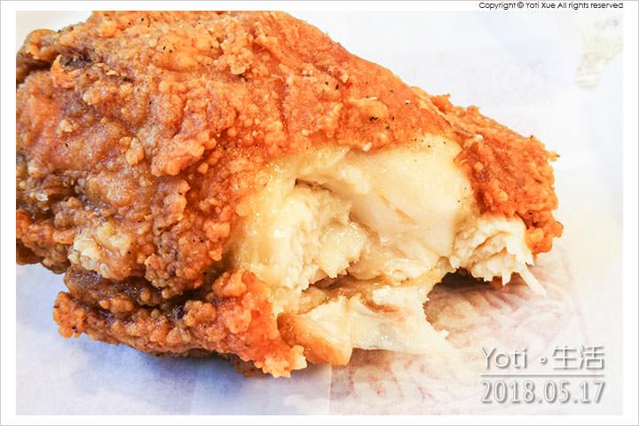肯德基-花生培根咔啦雞腿堡