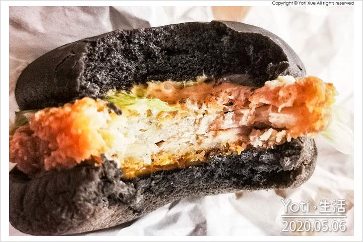 麥當勞-脆雞起司黑堡