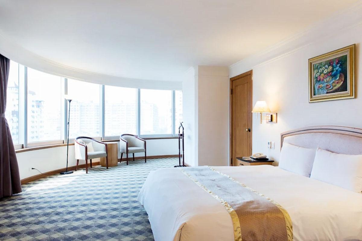 防疫旅館小幫手-24小時線上真人客服訂房服務